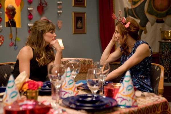 Valentines Day movie image JENNIFER GARNER and JESSICA BIEL.jpg