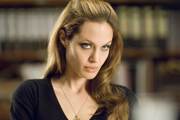 angelina_jolie_wanted_movie_image__6_.jpg