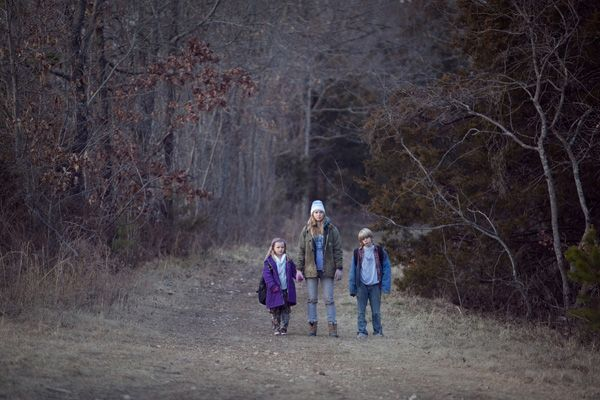 Winters Bone movie image (1).jpg