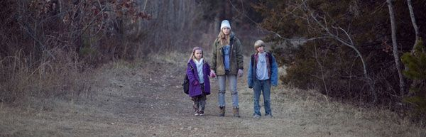 Winters Bone movie image slice.jpg