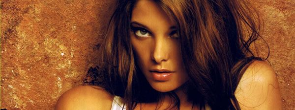 slice_ashley_greene_01.jpg