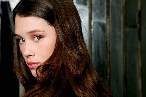 Ruth Sloane Lynn {En proceso} Astrid%20Berges-Frisbey%20(1)