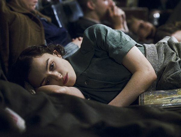 atonement_movie_image_keira_knightley__8_.jpg