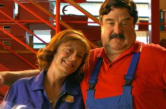 Susan Sarandon and John Goodman.jpg