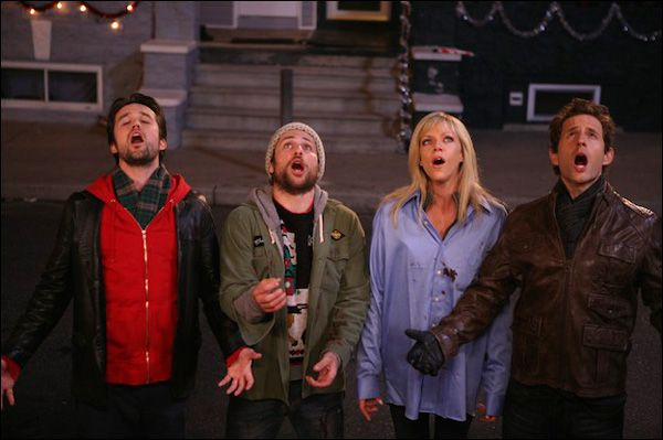 Always Sunny Christmas.It S Always Sunny In Philadelphia A Very Sunny Chirstmas On