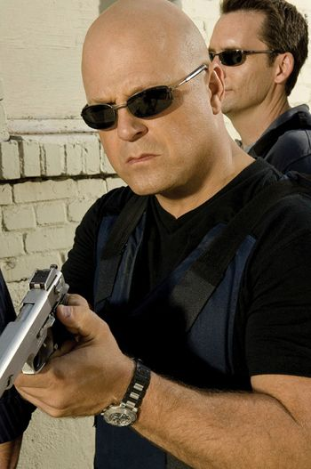 michael_chiklis_the_shield_image.jpg
