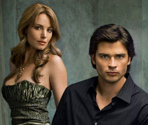 smallville_tv_image_tom_welling_superman_clark_kent_eric_durance_lois_lane_01.jpg