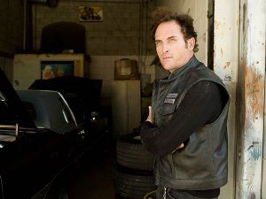 sons_of_anarchy_tv_show_kim_coates_01.jpg