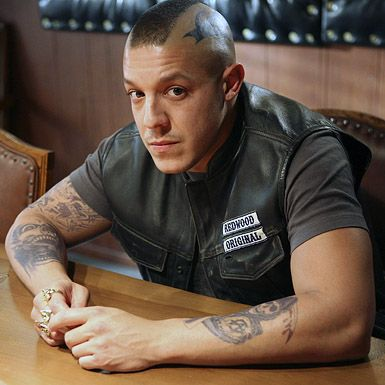 sons_of_anarchy_tv_show_theo_rossi_01.jpg