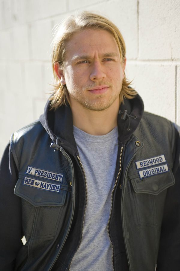 sons_of_anarchy_image_fx_charlie_hunnam__2_.jpg