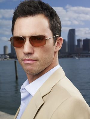 jeffrey_donovan_michael_weston_123.jpg