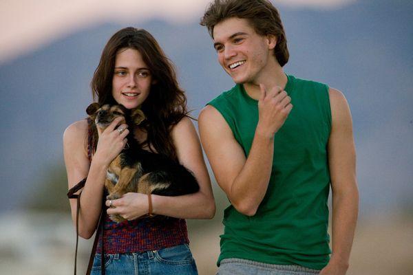 kristen stewart engaged. Robert Pattinson and Kristen Stewart are engaged!