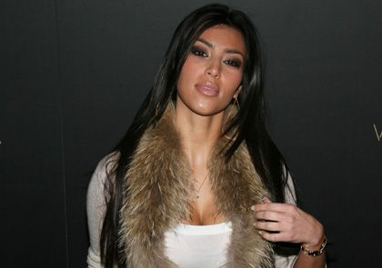 [IMG]http://www.collider.com/uploads/imageGallery/Kim_Kardashian_Superstar/kim_kardashian__image__5_.jpg[/IMG]