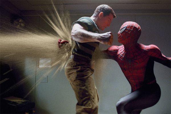 spiderman_3_movie_image_thomas_haden_church_as_sandman_fighting_spiderman
