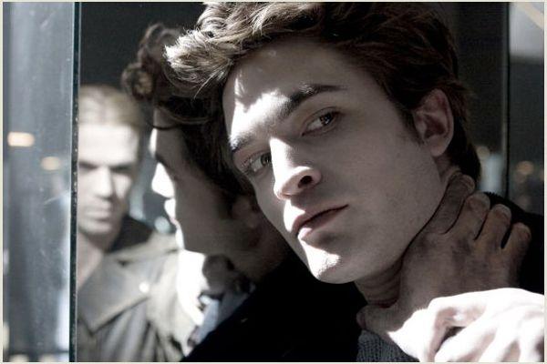 Twilight Twilight_movie_image_robert_pattinson_and_cam_gigandet__1_