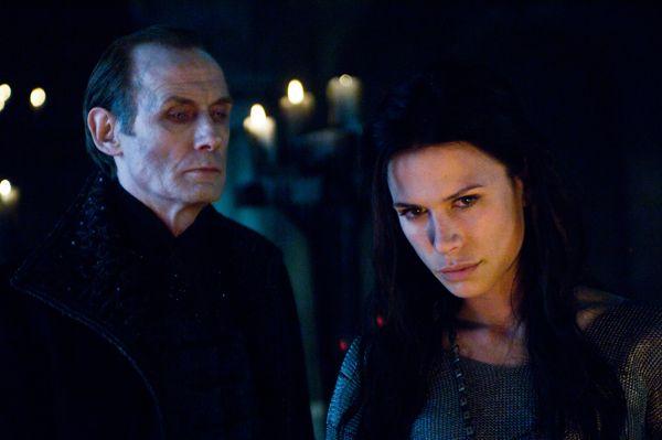 Underworld 3 : Rise of the Lycans [Enero 2009] Underworld_rise_of_the_lycans_movie_image_rhona_mitra_and_bill_nighy__1_