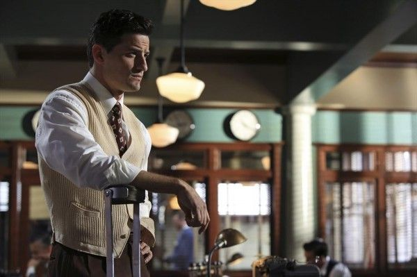 agent-carter-recap-season-1-episode-4-blitzkrieg-button