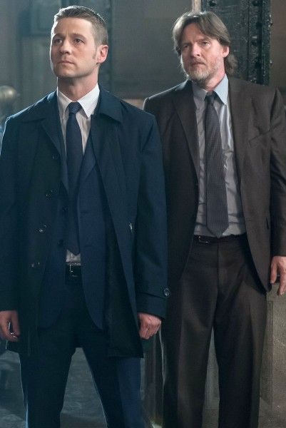 gotham-ben-mckenzie-donal-logue-interview
