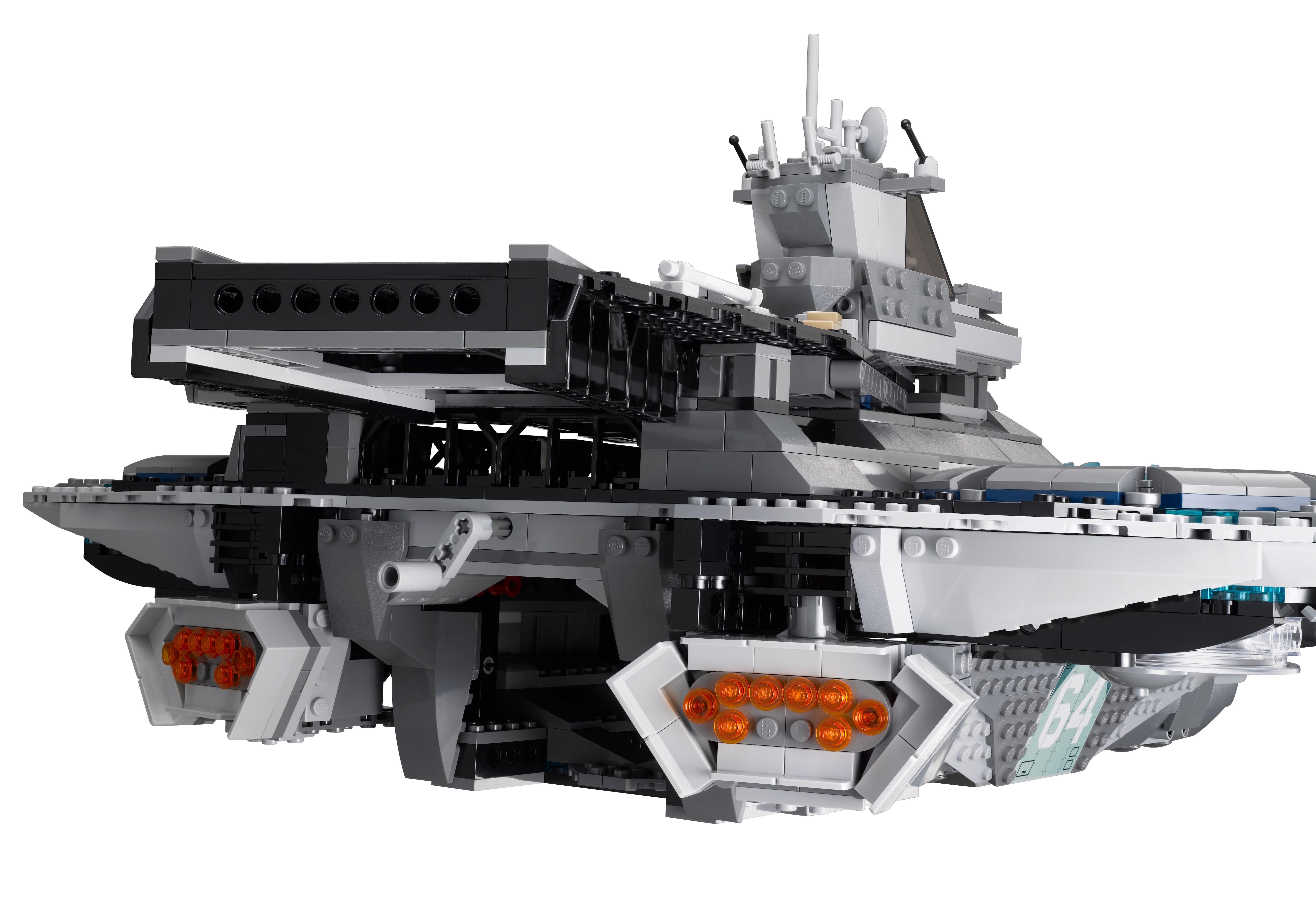 Lego Helicarrier Avengers Image 13