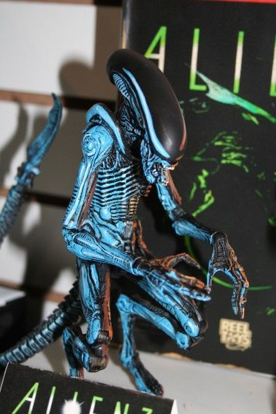 alien-action-figure-neca