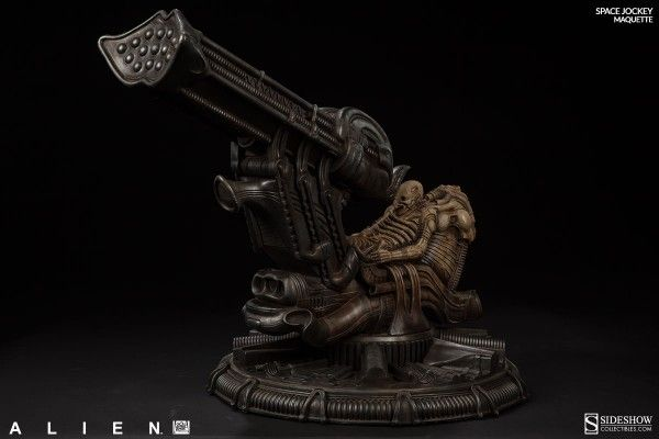 alien-space-jockey-maquette-3
