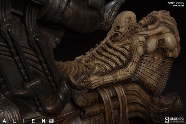 alien-space-jockey-maquette-8