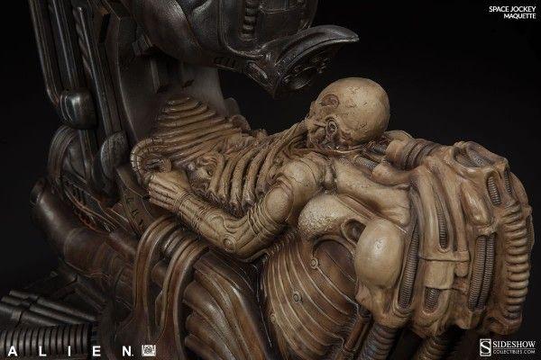 alien-space-jockey-maquette-9