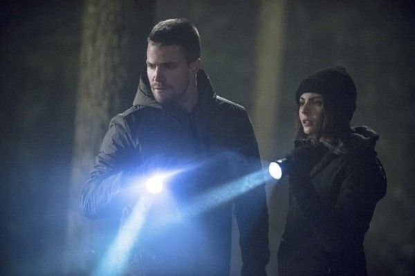 arrow-image-the-return-stephen-amell-willa-holland