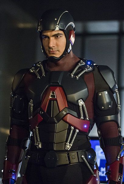 the-flash-arrow-the-atom