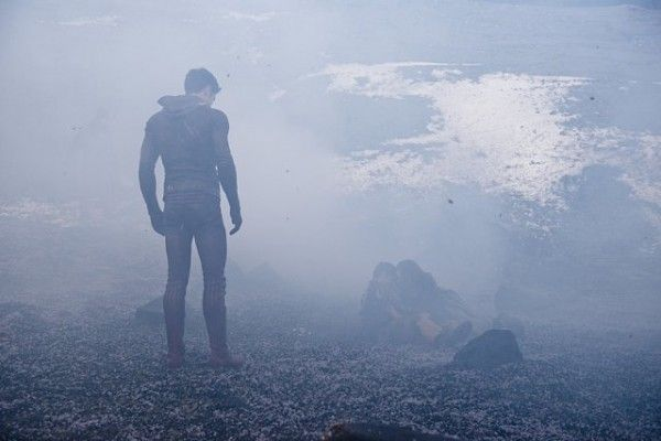 flash-image-fallout-grant-gustin-robbie-amell-caitlin-snow