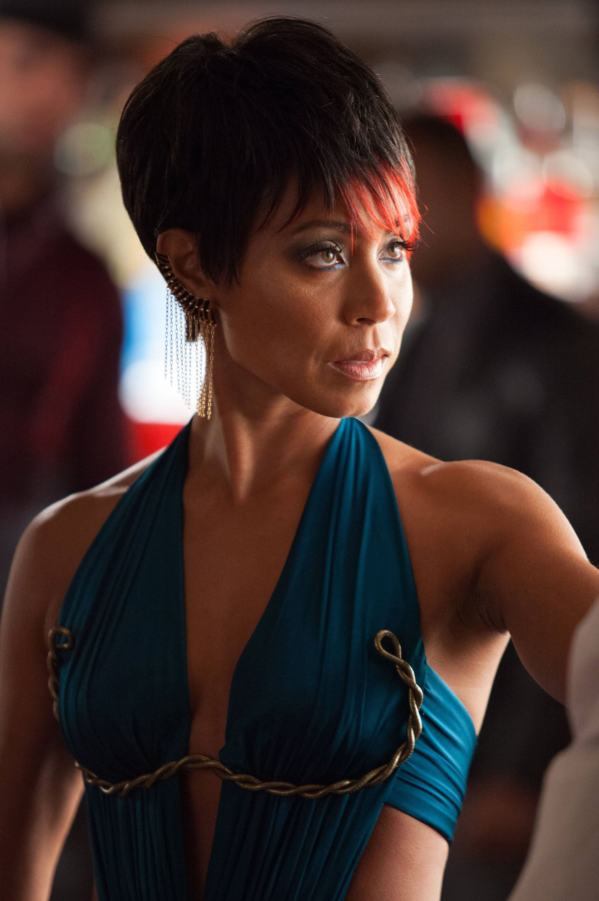 Jada Pinkett Smith Talks GOTHAM and Her    Totally Different    MAGIC    Jada Pinkett Smith Gotham