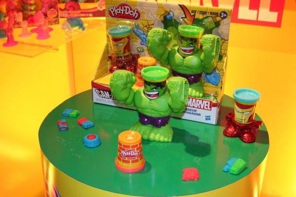hasbro-marvel-play-doh