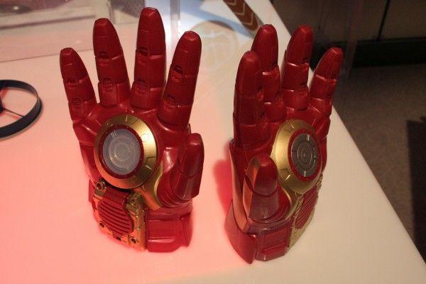hasbro-marvel-role-play-iron-man-gloves