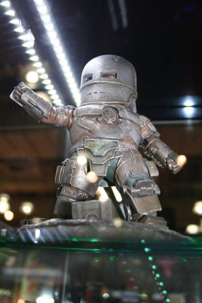 iron-man-figure-beast-kingdom