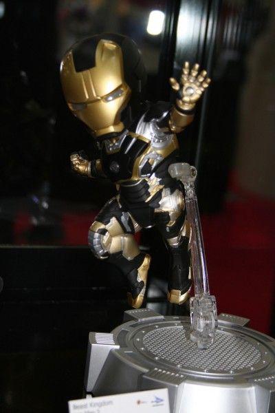 iron-man-gold-black-beast-kingdom