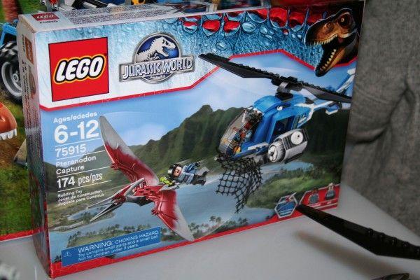 jurassic-world-lego-pteranodon-capture-set