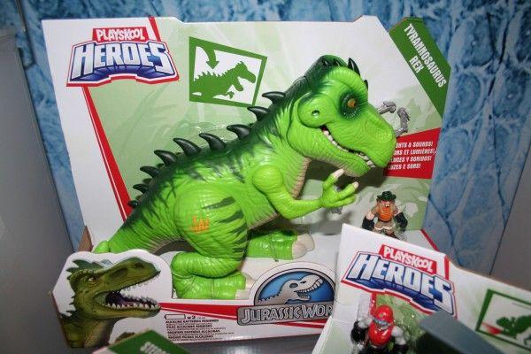 jurassic-world-playskool-heroes-t-rex-box