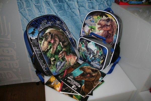 jurassic-world-school-supplies