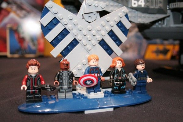 marvel-lego-2015