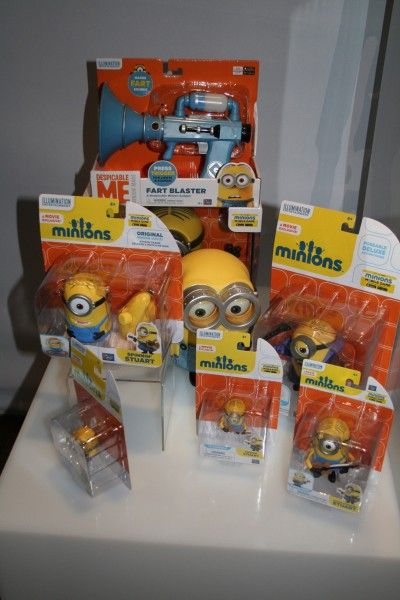 minions-action-figures-display