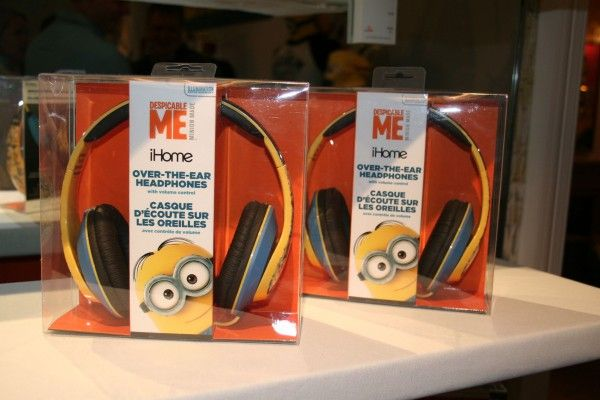 minions-headphones