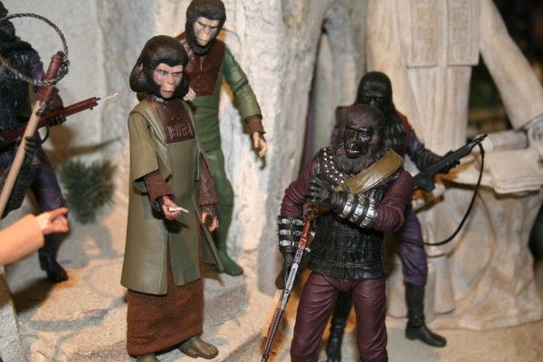 planet-of-the-apes-2-neca