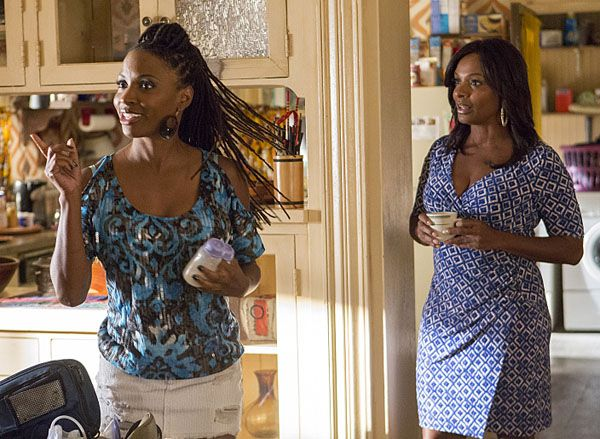 shameless-shanola-hampton-4