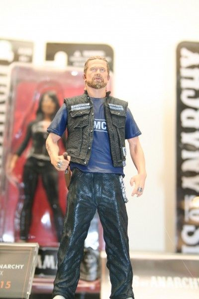 sons-of-anarchy-figures-jax-mezco