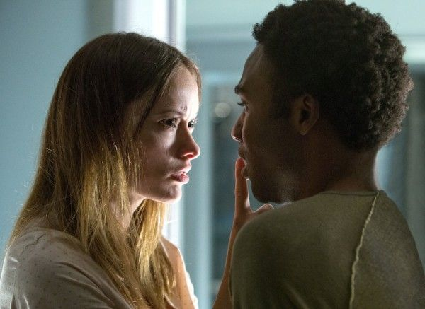 the-lazarus-effect-donald-glover-olivia-wilde-2