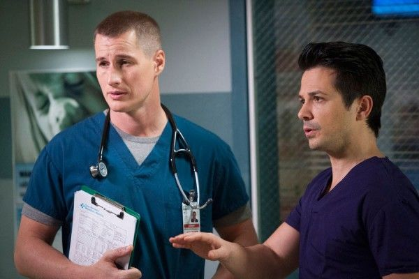 the-night-shift-season-2-brendan-fehr-freddy-rodriguez