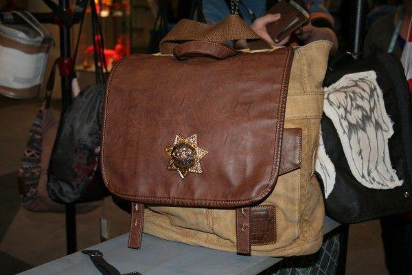 the-walking-dead-accessories-cop-bag