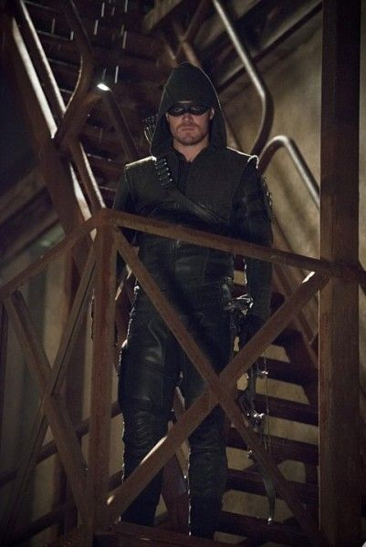 arrow-image-the-offer-stephen-amell
