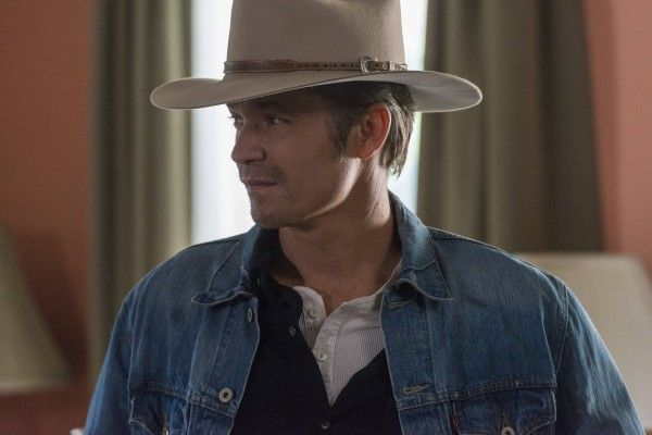 justified-dark-as-a-dungeon-timothy-olyphant