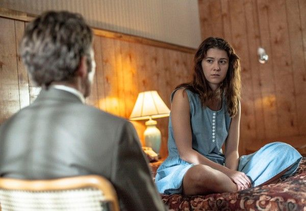 mary-elizabeth-winstead-leland-orser-faults